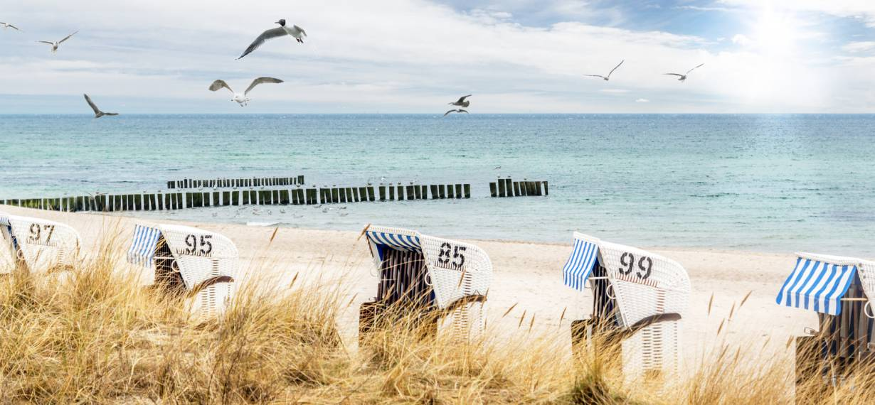 Dream vacation at the Baltic Sea: white sand beaches as far as the eye can see ... Find yout holiday at the Baltic Sea!